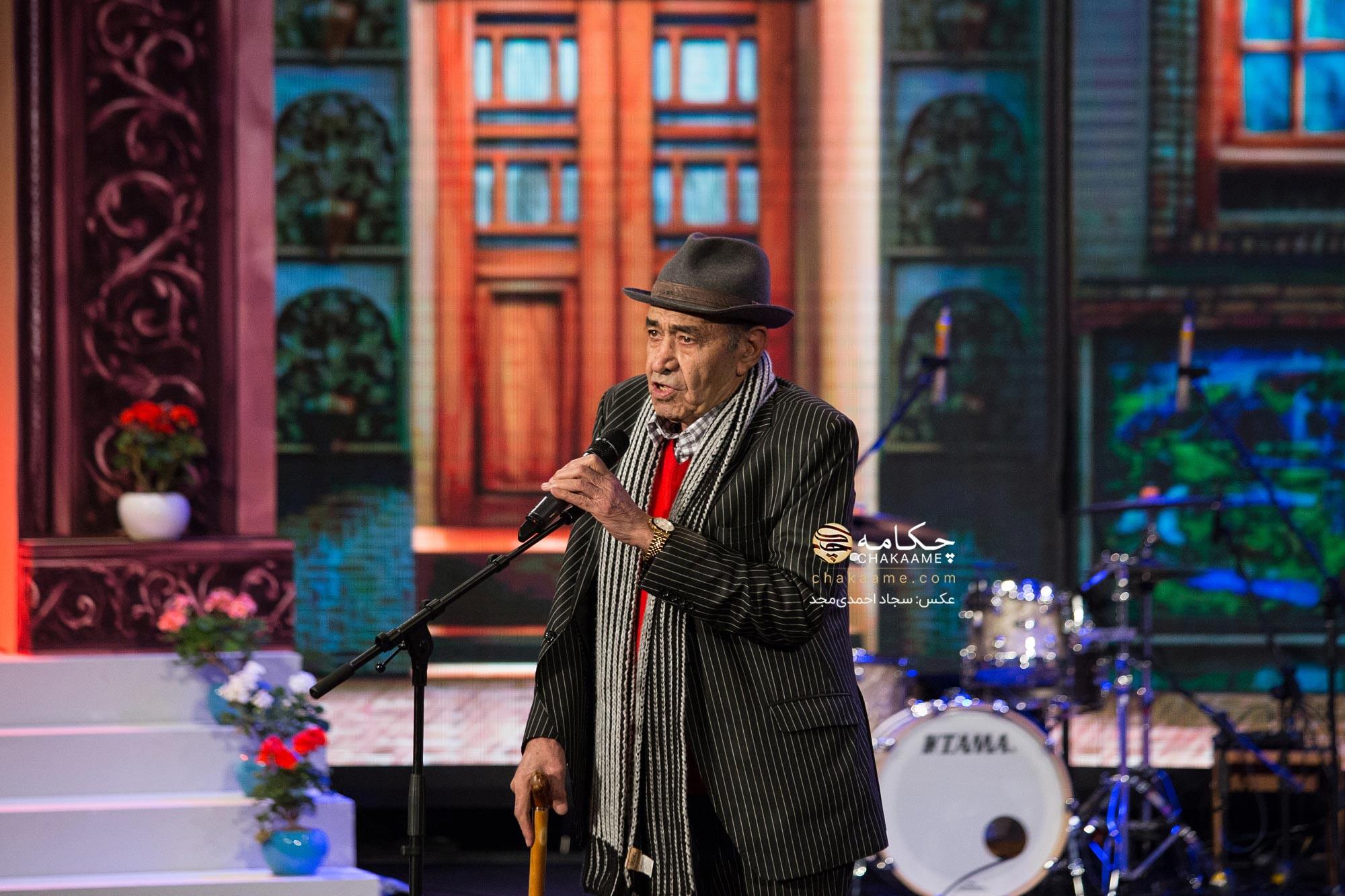 تقدیر از ایرج - حسین خواجه امیری در پنجمین جشن سالانه موسیقی ما